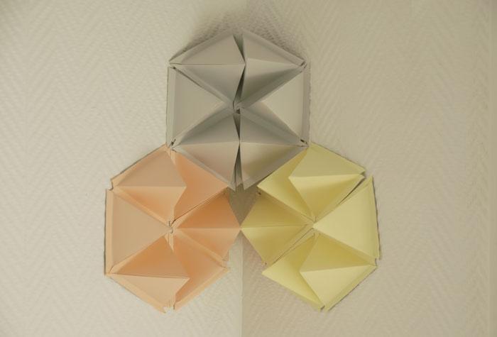 design mural, hexagones en volume, origami, papier, laure devenelle
