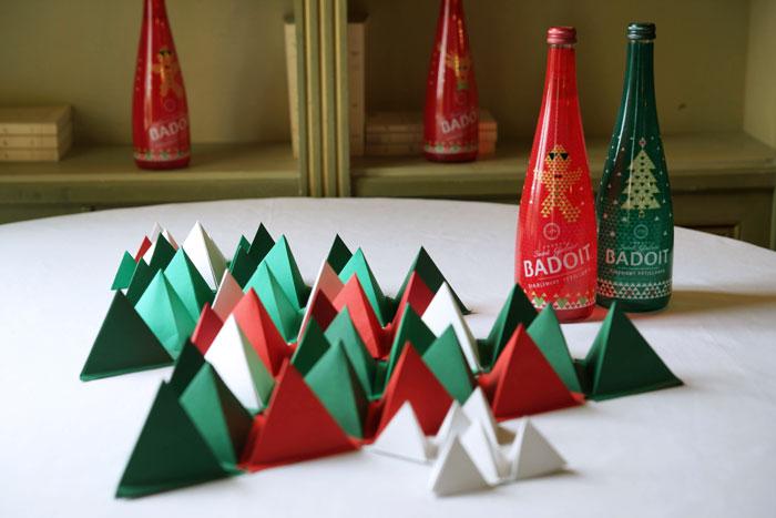 Badoit-Sapin-paper-art-triangle-3D-Alleno novembre 2015-paper-art-Laure-Devenelle