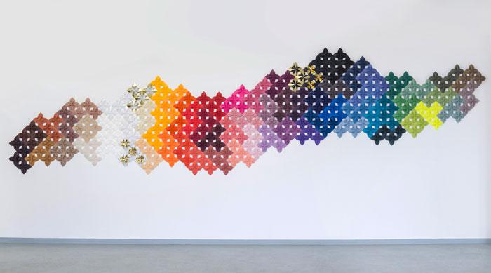 Nuancier-drop-paper-flower-origami-pattern-Procédés-Chénel-decembre-2015-Laure-Devenelle