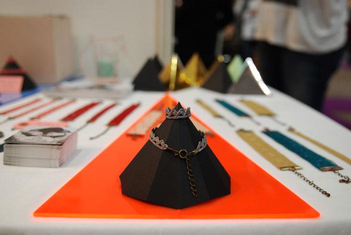 Set-design-paper-porte-bague-bracelet--Hexagone-3D-Origami