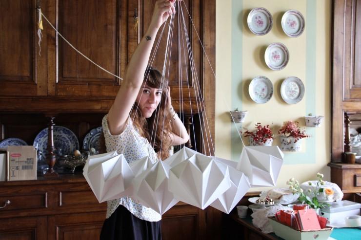 Wedding design, Mariage, décors, suspension, Origami diamants, Pompons, papier, Laure Devenelle