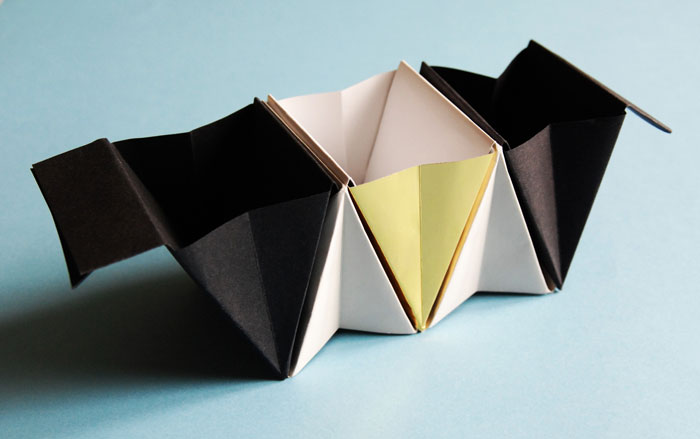 Packaging-Bureau-2-©-Laure-Devenelle Origami vide poche papier 3D volume