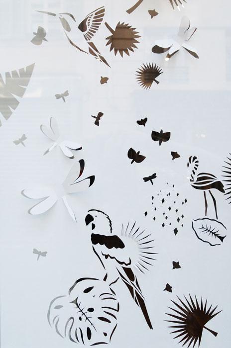 Kakémono- Design mural Envolée sauvage Kirigami faune et flore tropicale ©-Laure-Devenelle