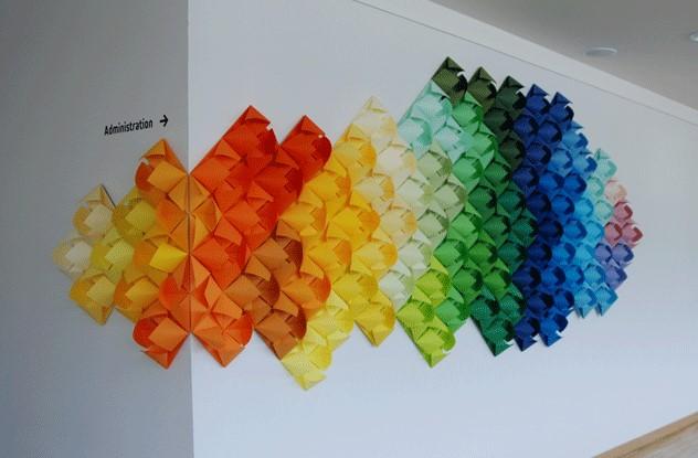 Flower swatch-La Lanterne 2017-Laure Devenelle-Installation murale-Flowers-Origami-Paper-Color-Mosaïque.