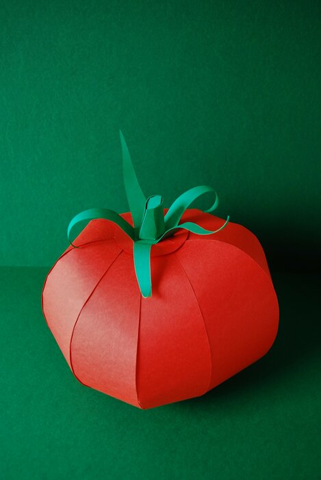 tomate-paper-art-sculptures-set-design-volume-pour-scenographie-karine&jeff-laure-devenelle