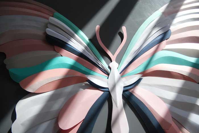 Papillon, zoom 4, 3D paper, sculpture, volume, kirigami, découpe papier, scenographie de vitrine avec mapetitevitrine, création, 2018, Laure Devenelle