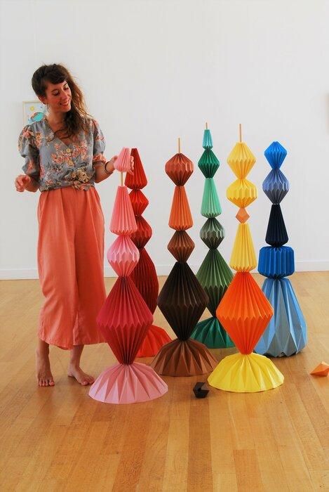 montage-portrait-Sculptures-Totems-exposition-personnelle-Lamaziere-Origami-papier-©-Laure-Devenelle-2018