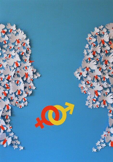 installation-murale-egalite-femme-homme-orchidée-colombe-zoom-visages-paper-art-oeuvre-participative-avec-femmes-de-la-maison-des-droits-des-femmes-Mitry-Mory-creation-Laure-Devenelle-2019