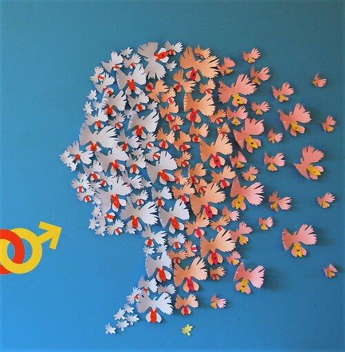 installation-murale-egalite-femme-homme-orchidée-colombe-visage-homme-paper-art-oeuvre-participative-avec-femmes-de-la-maison-des-droits-des-femmes-Mitry-Mory-creation-Laure-Devenelle-2019