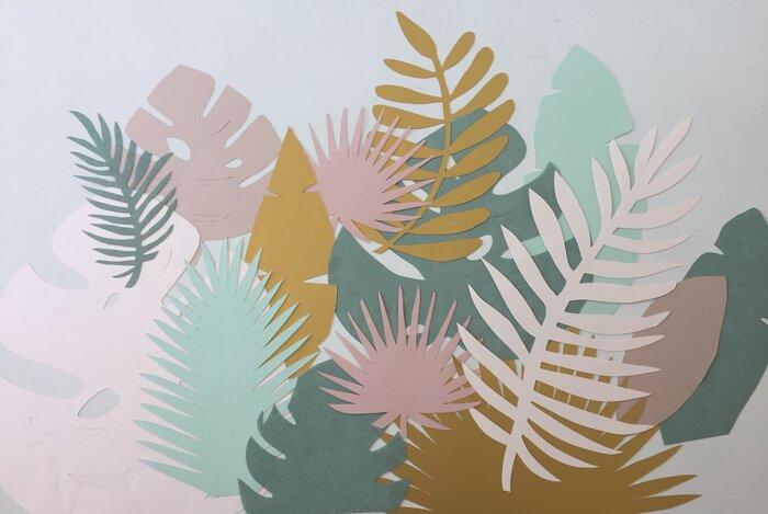 Feuillage tropical, art du papier, paper cut, couleurs pastel, creation Laure Devenelle, Paris, 2019
