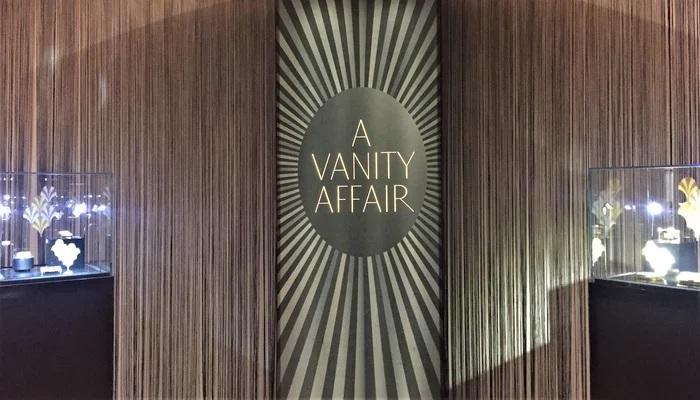 Titre-exposition-vanity-affair-scenographie-maison-christies-paris-2019