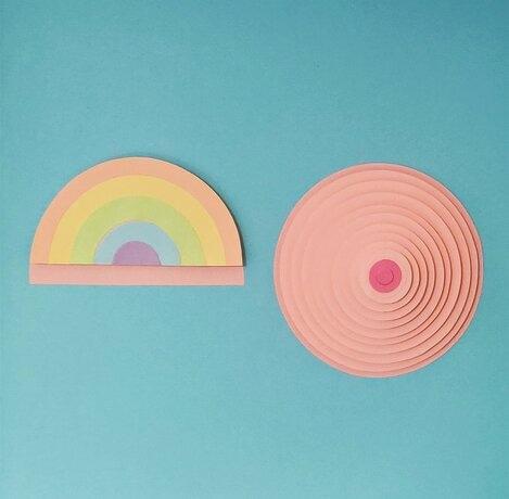 Sein-arc-en-ciel-3D-boobs-paper-art-creation-octobre-rose-ligue-contre-cancer-2020