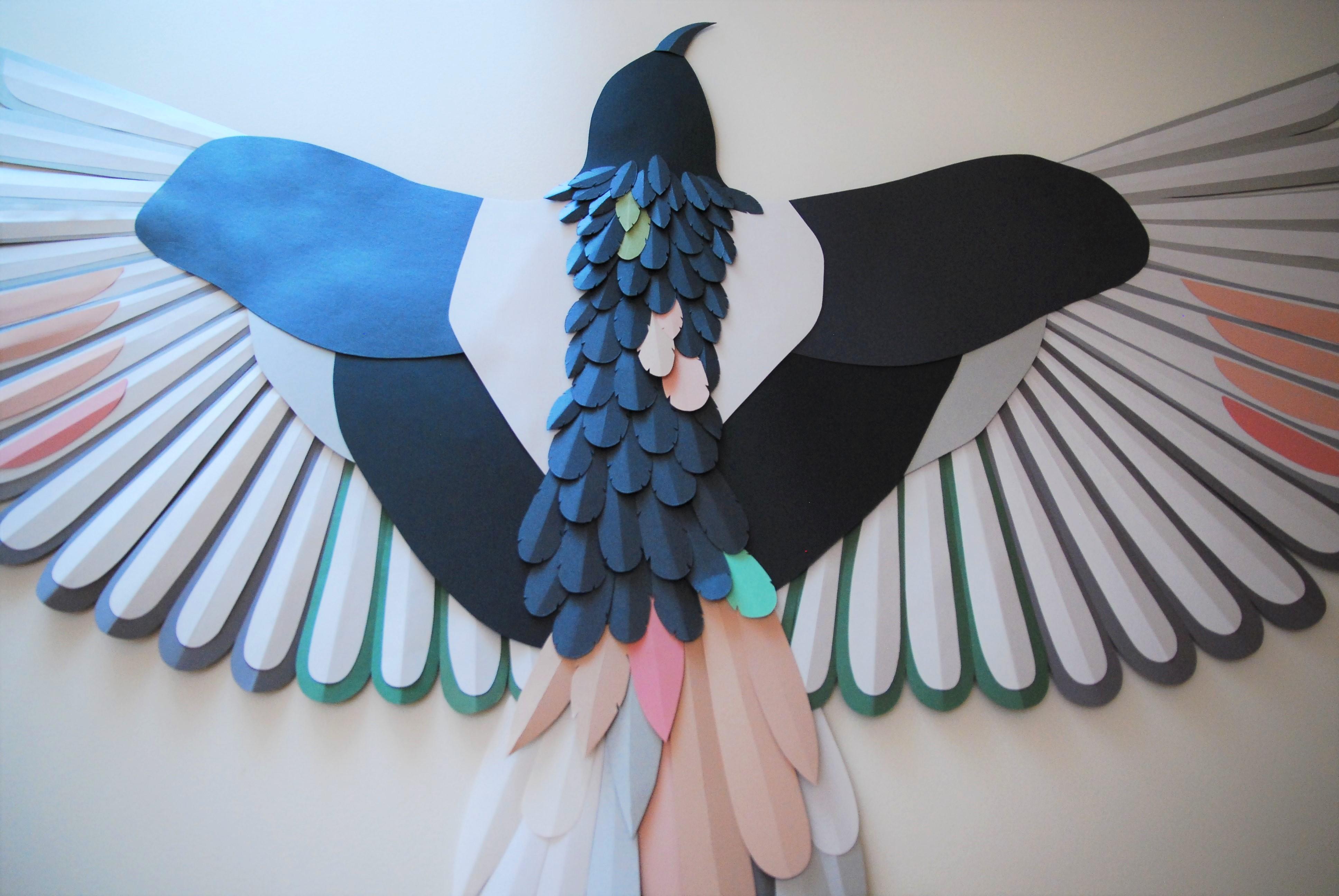Sculpture papier-zoom-Oiseau-plumage-oeuvre-particuliers-Laure-Devenelle-2020