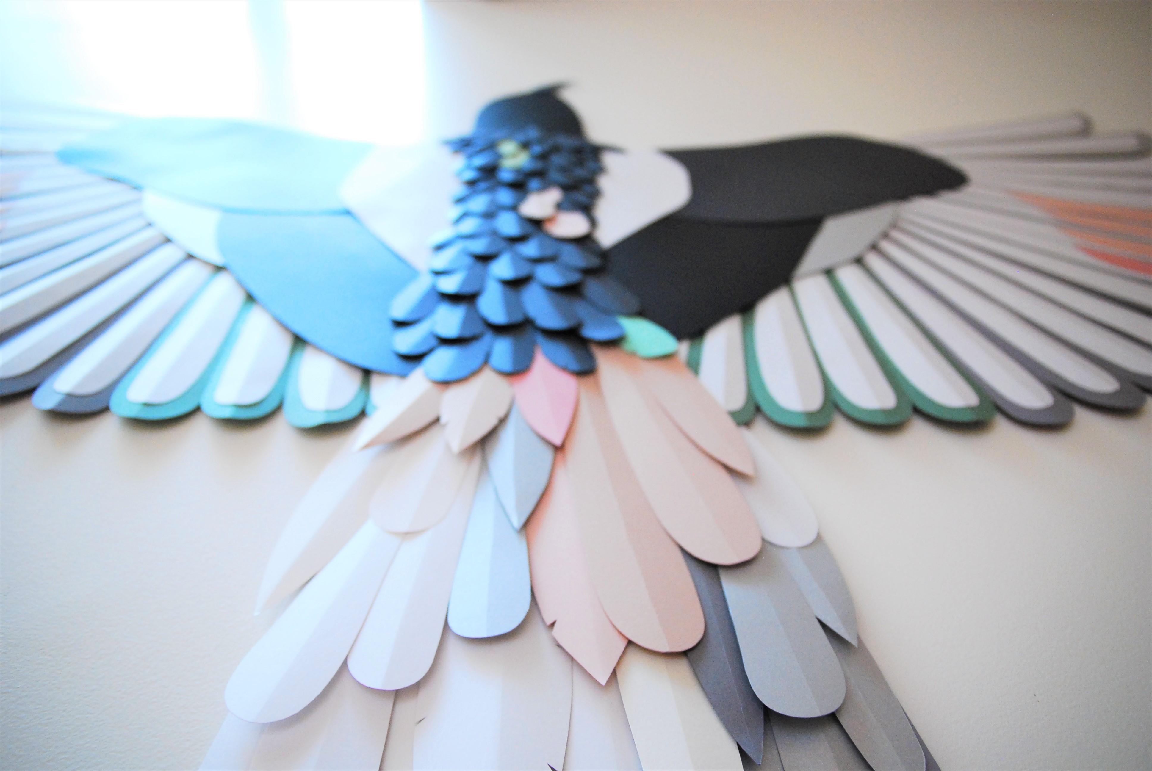 photographie-Oiseau-flouté-paper-art-plumes-Laure-Devenelle-2020