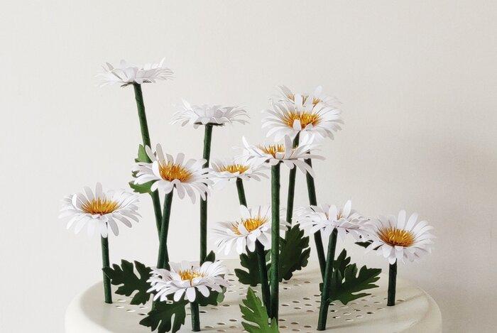 Jardin-de-marguerites-paper-art-sculpture-fleurs-laure-devenelle